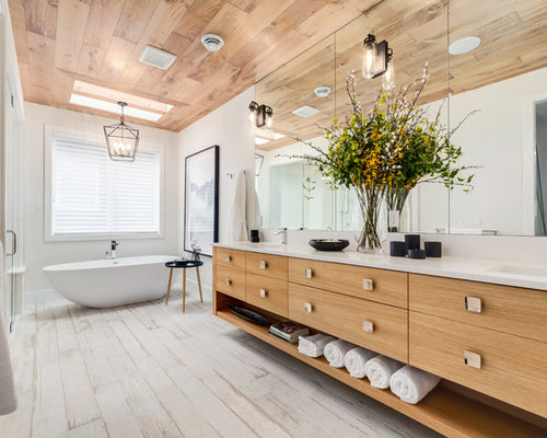 White washed wood floor bathroom ideas photos houzz Bathroom ideas wooden floor