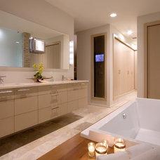 Contemporary Bathroom by WAYCOOL Homes, LLC