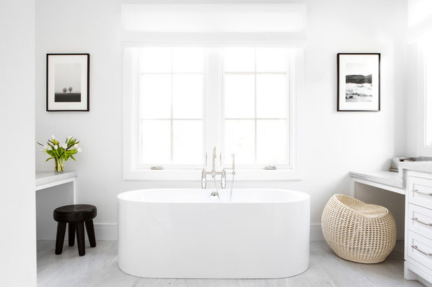 Country Bathroom by Chango & Co.