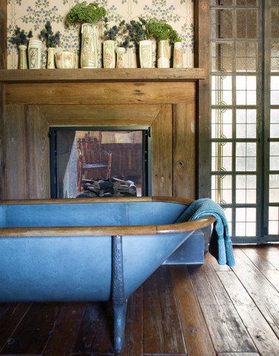 11 vasche da bagno rustiche con immediato effetto relax - Come lucidare una vasca da bagno opaca ...