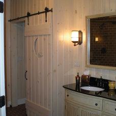 Bathroom by JB Interiors, Inc.