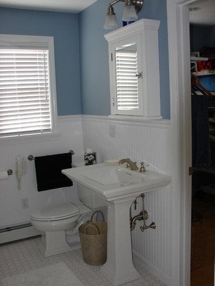 Traditional Bathroom by Oceanside Builders, LLC.