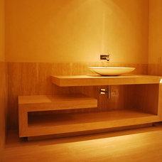 Contemporary Bathroom by anaranja