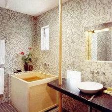 Modern Bathroom by Andre Rothblatt Architecture