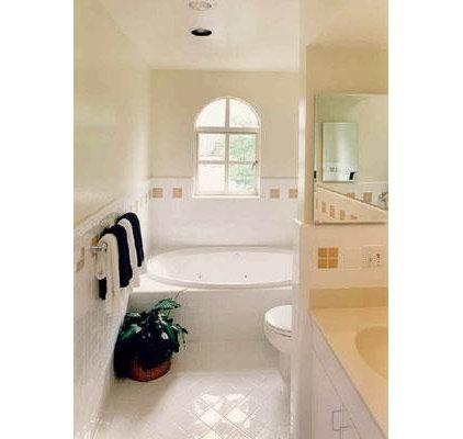 Bathroom by Andre Rothblatt Architecture