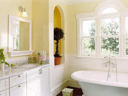 Traditional Bathroom by Andre Rothblatt Architecture