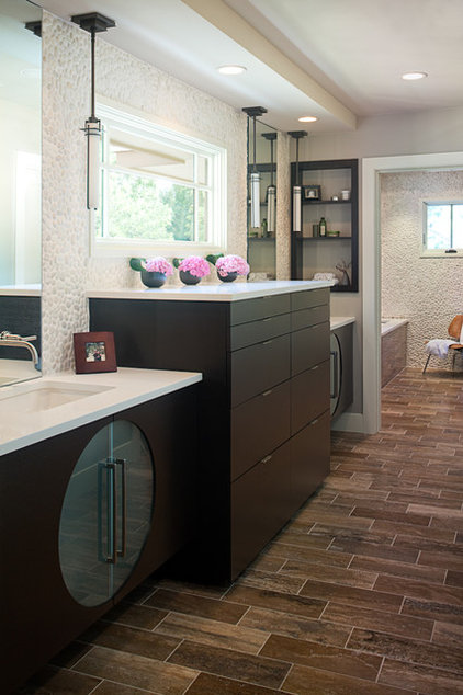 Contemporary Bathroom by Andrew Pogue Photography