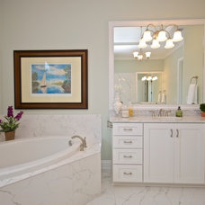 Traditional Bathroom by Staging & ReDesign
