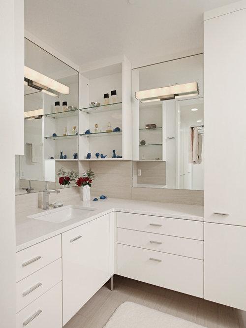 Corner Bathroom Vanity Photos. Best Corner Bathroom Vanity Design Ideas   Remodel Pictures   Houzz