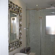 Modern Bathroom by Brag Concept
