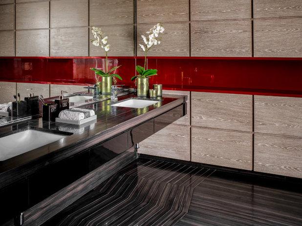 Contemporary Bathroom by Rakeshh Jeswaani Interior Architects