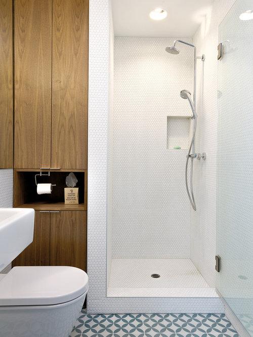 Salle de bain scandinave avec carrelage en mosa que for Carrelage salle de bain scandinave