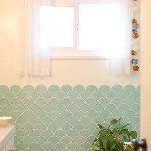 Aqua Scalloped Tile Bathroom