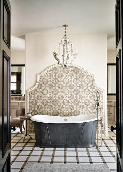 Средиземноморский Ванная комната by Wiseman & Gale Interiors