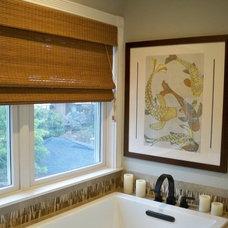 Contemporary Bathroom by Yoko Oda Interior Design