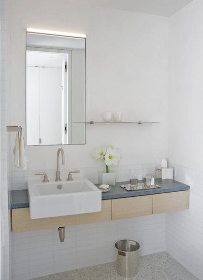 Contemporary Bathroom by Mullman Seidman Architects