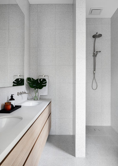 Contemporary Bathroom by Kube Constructions