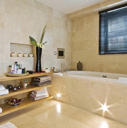 Modern Bathroom by Koydol Inc.