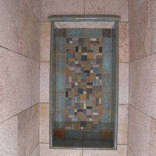 Immagine di una stanza da bagno padronale american style di medie dimensioni con ante in stile shaker, ante in legno bruno, vasca da incasso, doccia alcova, piastrelle multicolore, pareti gialle, pavimento con piastrelle a mosaico, lavabo sottopiano, top in marmo e piastrelle a mosaico
