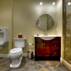 contemporary bathroom by Synergy Design & Construction
