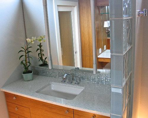 bad mit linoleum und bodengleicher dusche ideen design. Black Bedroom Furniture Sets. Home Design Ideas