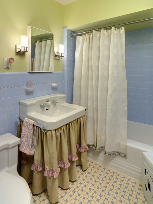 best small traditional bathroom design ideas & remodel pictures