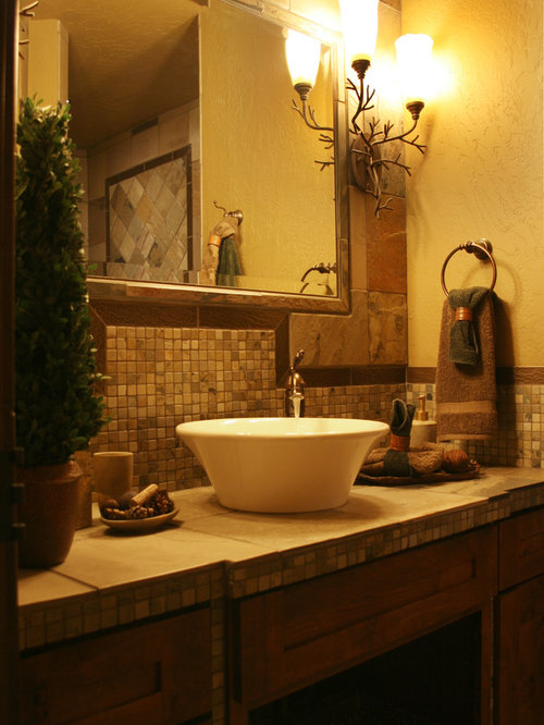 Bathroom Decor With Yellow Walls : Luxury family bathroom design ideas renovations photos