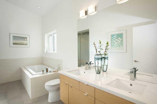 Modern Bathroom by Klondike Contracting