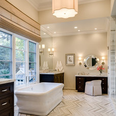 Traditional Bathroom by KL Interiors