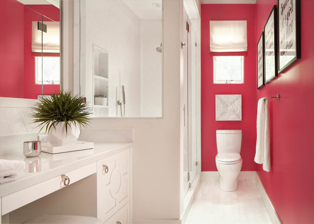 Transitional Bathroom by Agnieszka Jakubowicz PHOTOGRAPHY