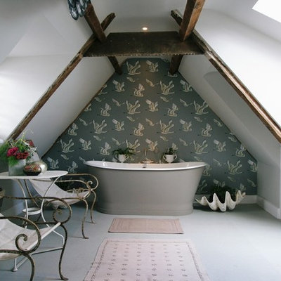 Inspiration for a mid-sized shabby-chic style master ceramic tile freestanding bathtub remodel in London with an undermount sink and gray walls