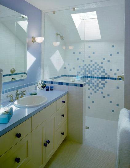 Traditional Bathroom by CG&S Design-Build