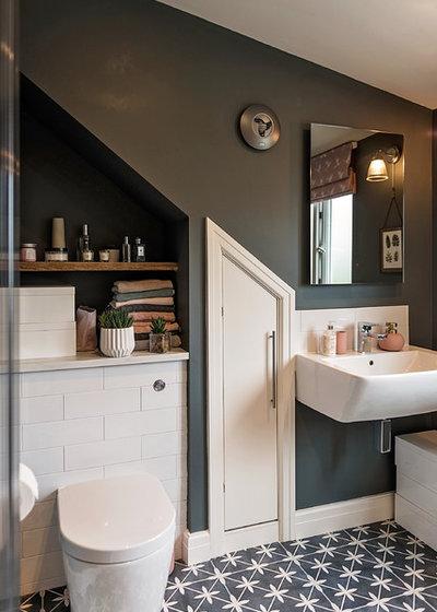 Contemporary Bathroom by Storylines Interior Design