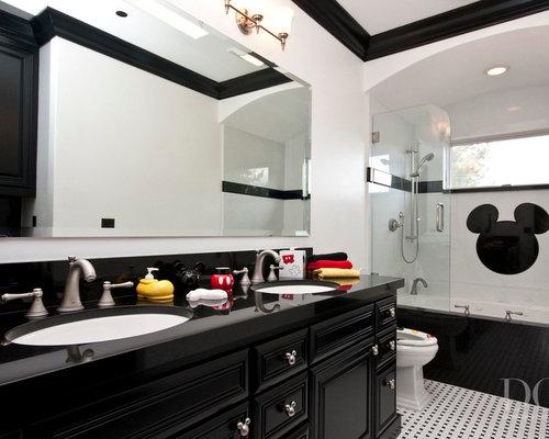 salle de bain avec un sol en vinyl et un carrelage noir et blanc photos et id es d co de. Black Bedroom Furniture Sets. Home Design Ideas
