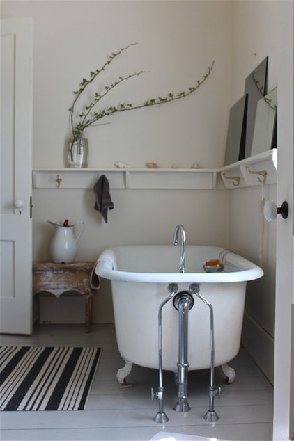 traditional bathroom by Justine Hand