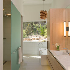 Modern Bathroom by Foursquare Builders
