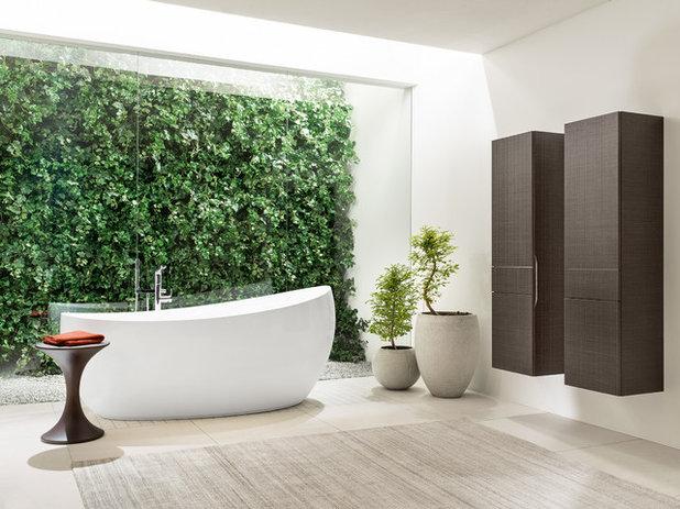 Trendy Badeværelse by Villeroy & Boch UK - Bathroom, Wellness & Kitchen