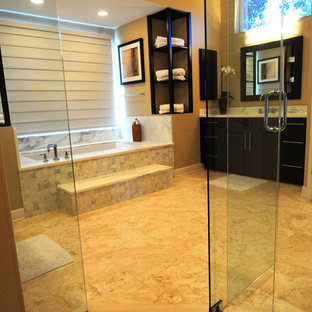 Inspiration for a transitional bathroom remodel in Tampa
