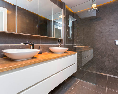 Fantastic Stray Leaf House  Modern  Bathroom  Canberra  Queanbeyan  By