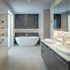 Contemporary Bathroom by Jordan Smith