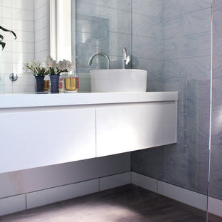 30 Trendy Napier-Hastings Bathroom with White Cabinets Design Ideas ...