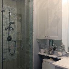 Traditional Bathroom by Carolyn C. Interior Decorator, Brampton, ON.
