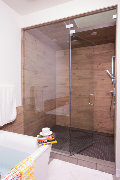 Contemporary Bathroom by Beyond Homes