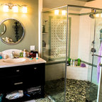 Beach House Beach Style Bathroom New York By New