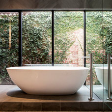Contemporary Bathroom by Designmas