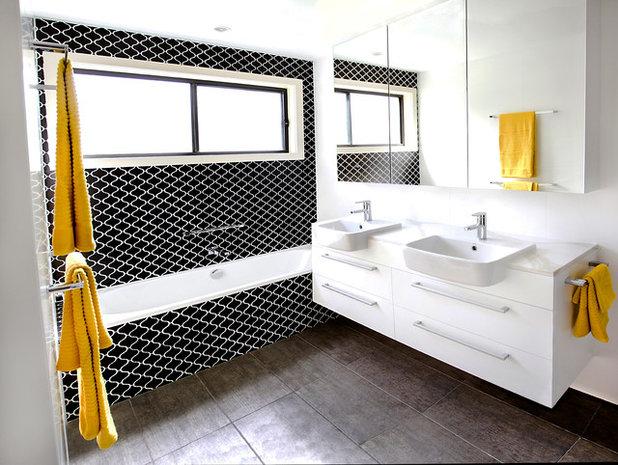 コンテンポラリー 浴室 by Birdblack Design