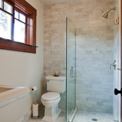 traditional bathroom by Bali Construction