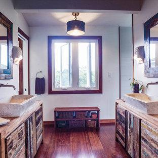 Ispirazione per una stanza da bagno boho chic
