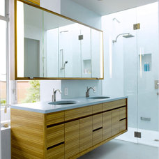 Modern Bathroom by Prentiss Architects
