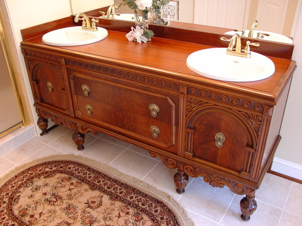 Vintage Traditional Bathroom by Lazzell Design Works Remodeling